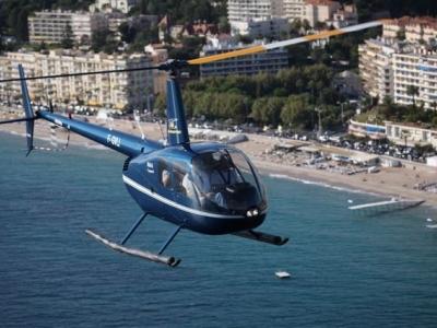 Baptême hélicoptère en famille entre Cannes et Monaco - Offre groupe de 3 personnes, au départ de Ca