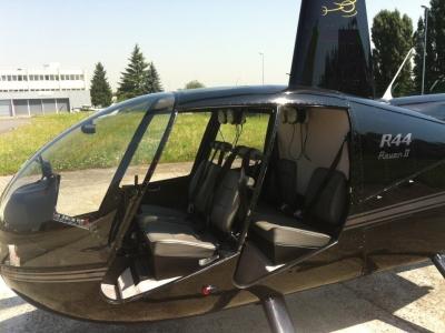 Baptême hélicoptère près de Paris - Offre spéciale groupes de 2, 3 personnes - Votre hélicoptère prè