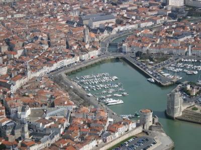 Baptême hélicoptère touristique vers les Iles de Ré, d'Oléron, d'Aix, Madame, Fort Boyard et plus -